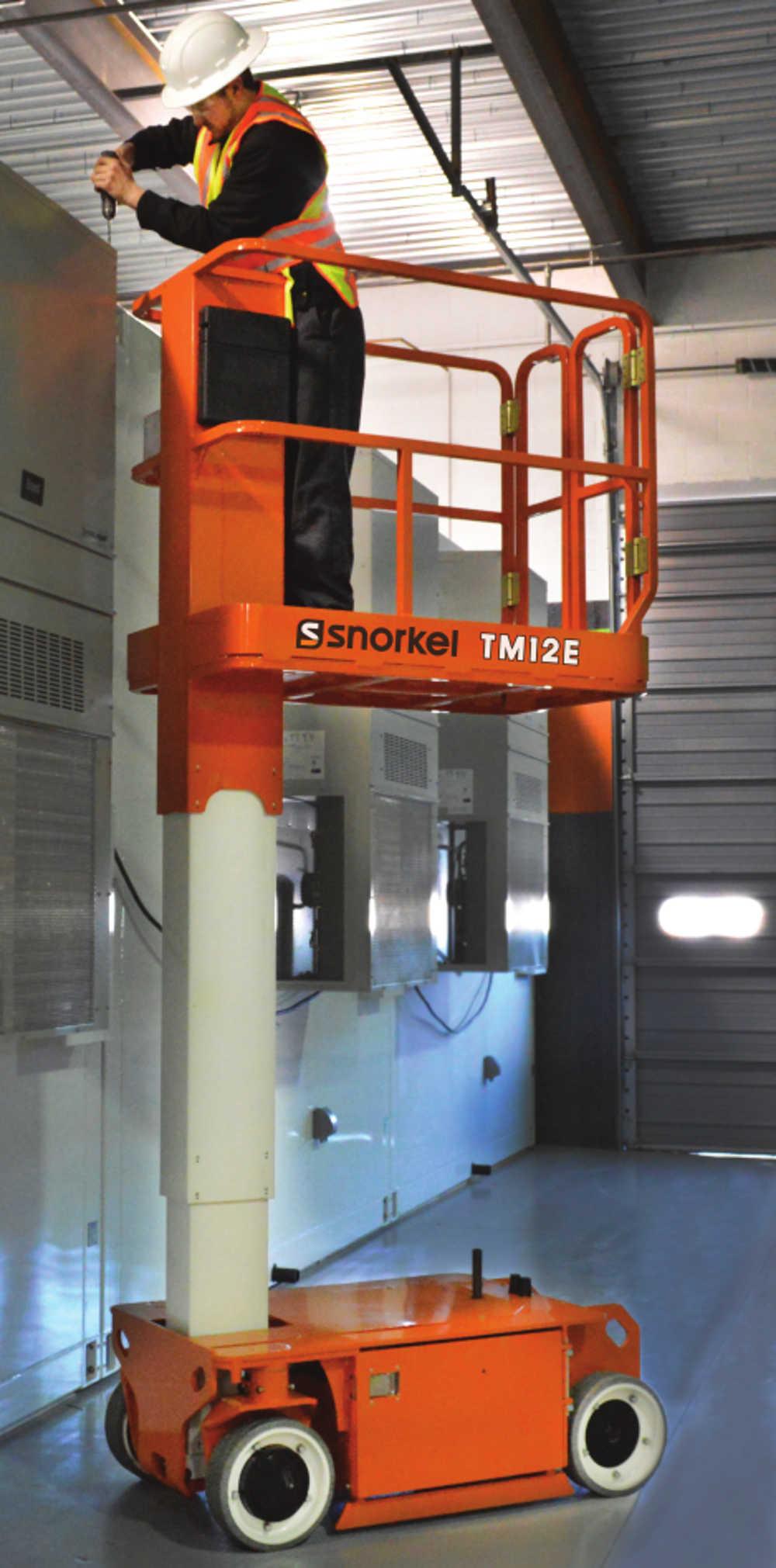 Snorkel TM12E ajettava mastonostin